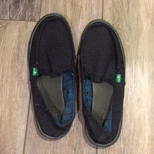 Blue Sanuk Shoes Size 9